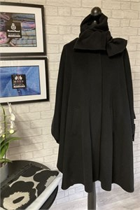 Ladies Wool and Cashmere Cape, Black